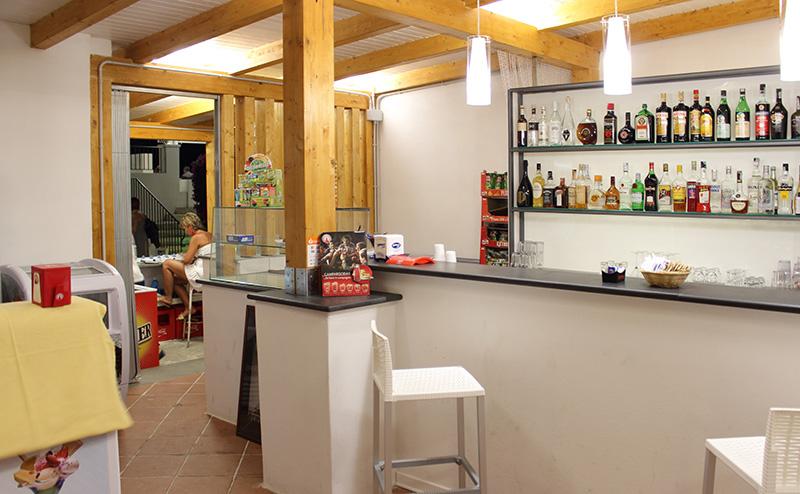 cicero Bar , Aperetivo, granita fragola, caffe e limone