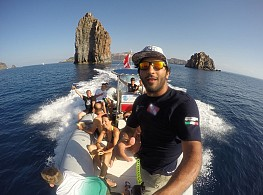 Trip to the Eolian Islands by boat with our Diving Center Team